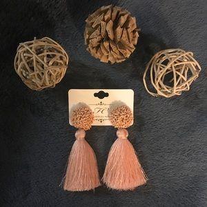 Soft Pink Flow Earrings